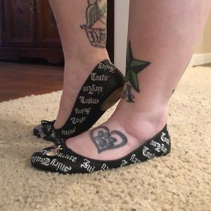 Juicy Couture leather ballet flats